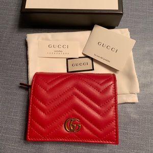 dd0831a71c30 Gucci · GG Marmont 2.0 Matelassé Leather Card Case